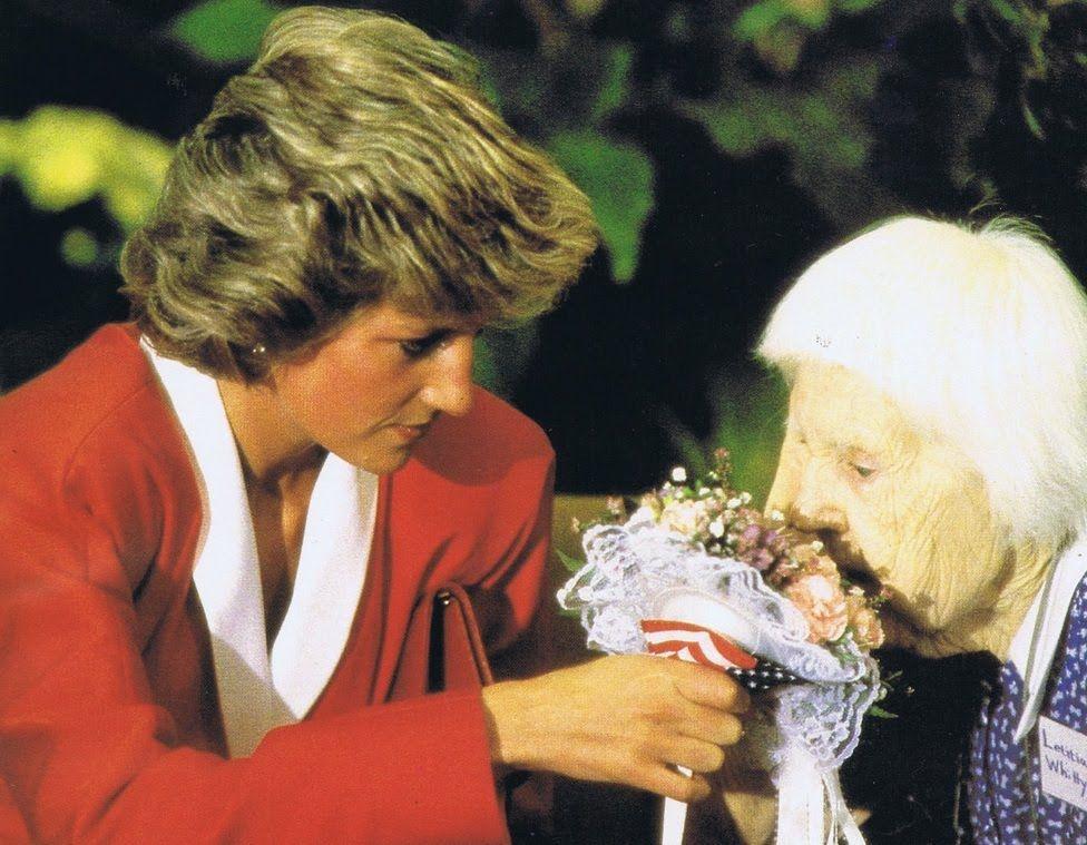 Princess Diana - Photos Collection - 30