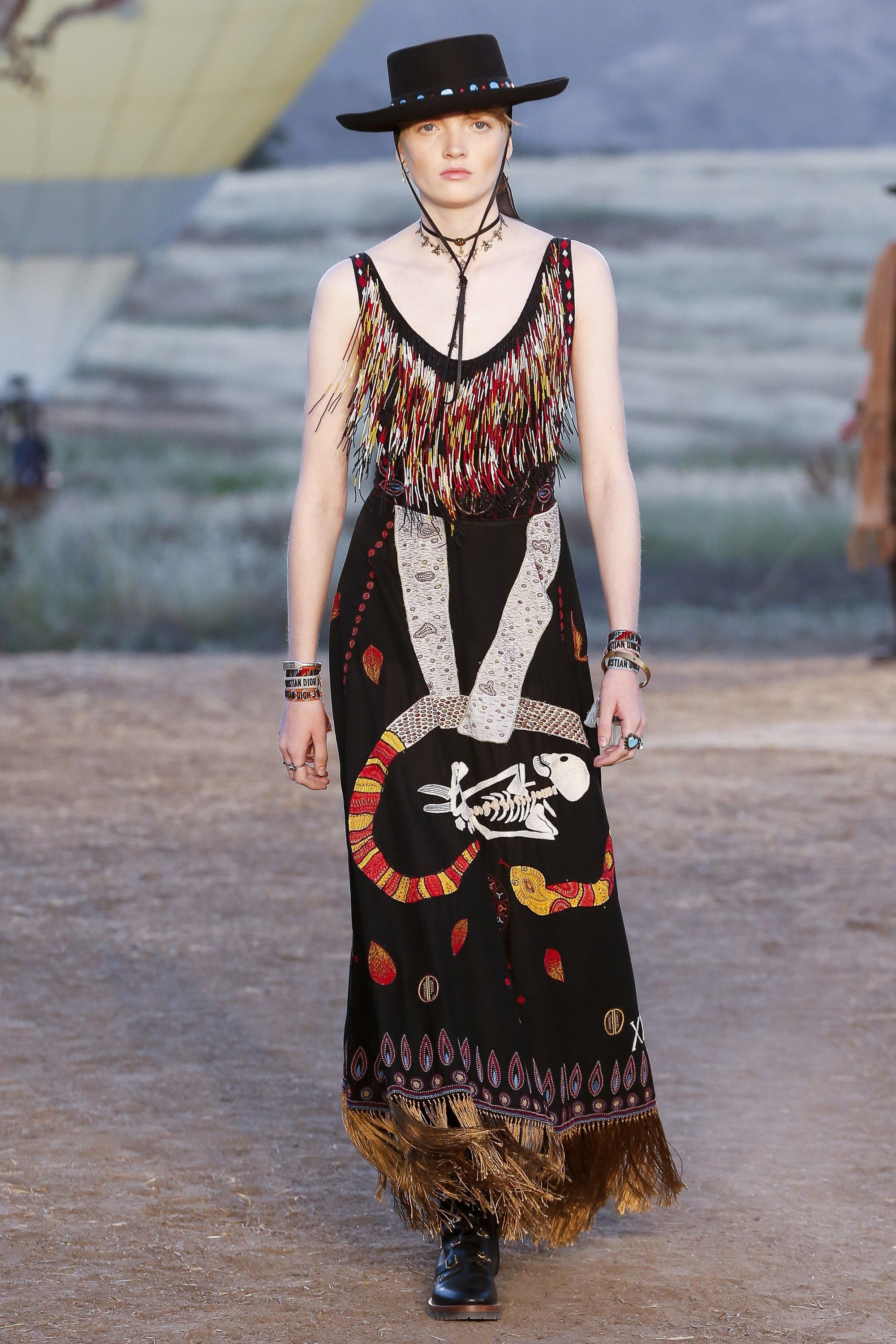74c7167c6 Christian Dior Resort 2018 Fashion Show in 2019 | Couture ...
