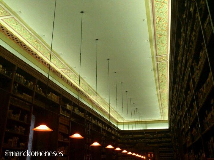 Biblioteca Histórica del Colegio Preparatorio de Xalapa, Veracruz.