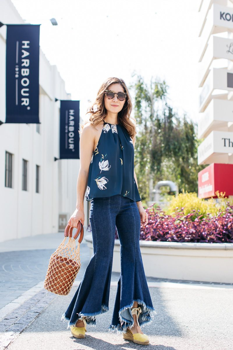 3e548ed21 Stylewich by Elizabeth Lee, fashion blogger, outfit ideas, style  inspiration, summer fashion, Staud Moreau bucket bag, flare jeans, Castañer  Carina ...