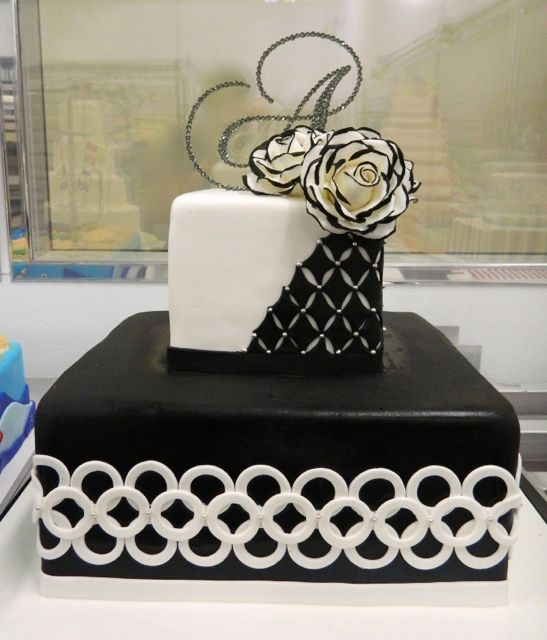 Great Way To Incorporate Black Into Your Wedding