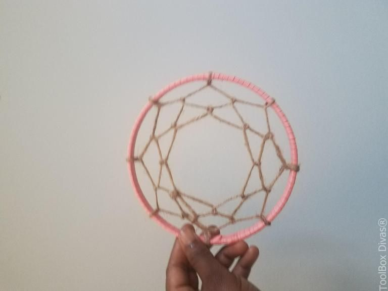 Super Easy DIY Dream Catcher images