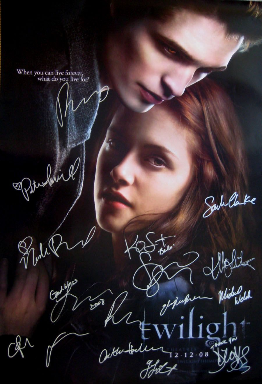 Twilight Original Movie Poster Cast Signed By Kristen Stewart