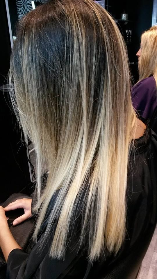 balayage blond platine google suche coiffure pinterest couleur bronde nuance de blond. Black Bedroom Furniture Sets. Home Design Ideas