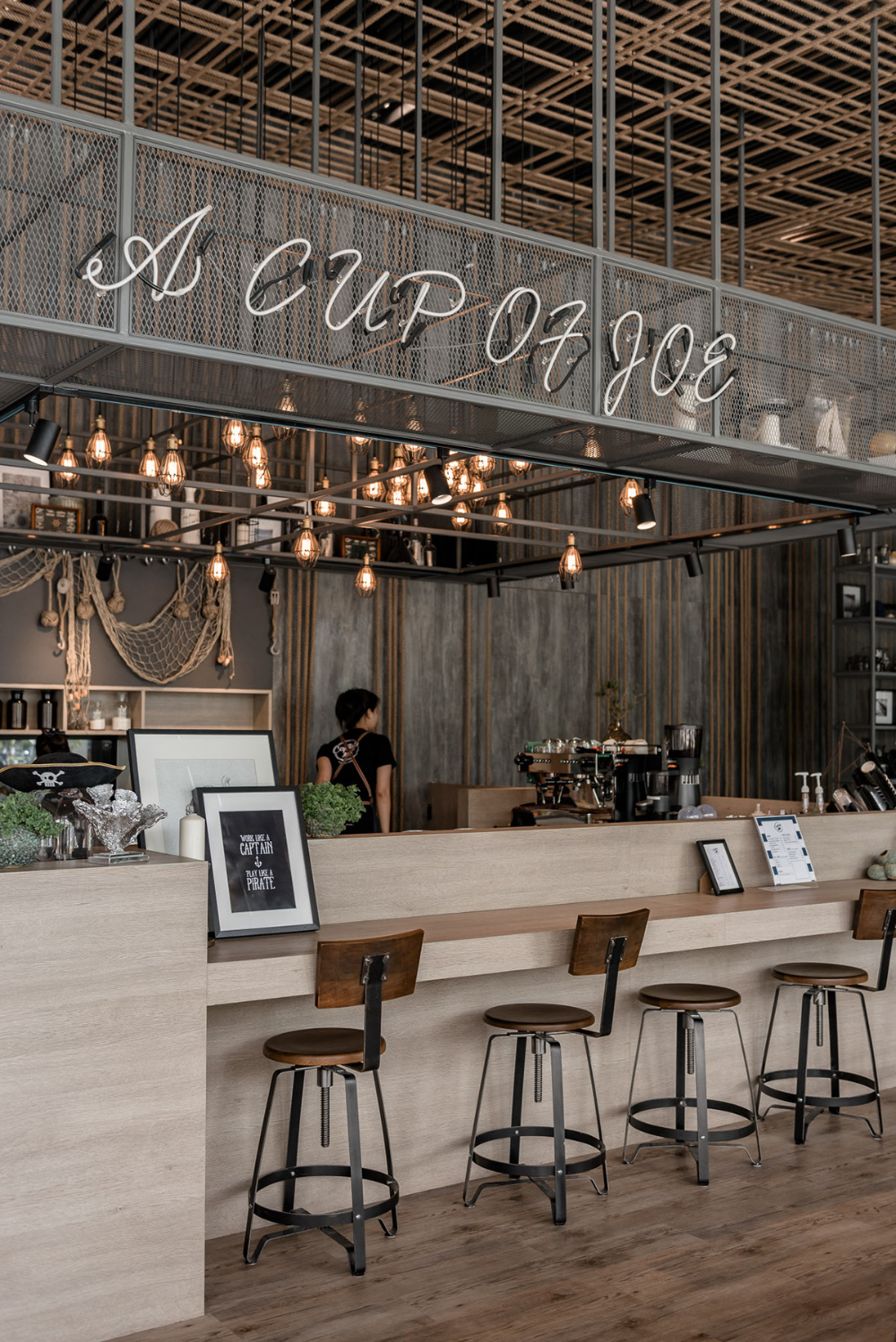 Captain M Café by N7A Architects