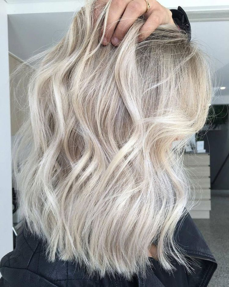 The 74 Hottest Blonde Hair Looks to Copy This Summer | Ecemella #champagneblondehair Ashy Sandy Blonde Hair Color #darkblondehair