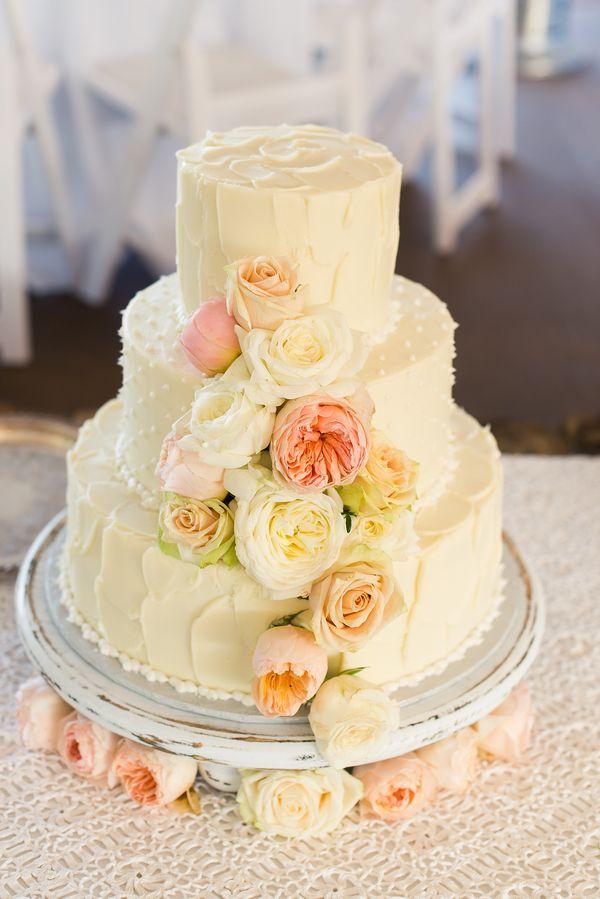 Real Plus Size Wedding} Monogrammed Wedding in Waco Texas | Wedding ...