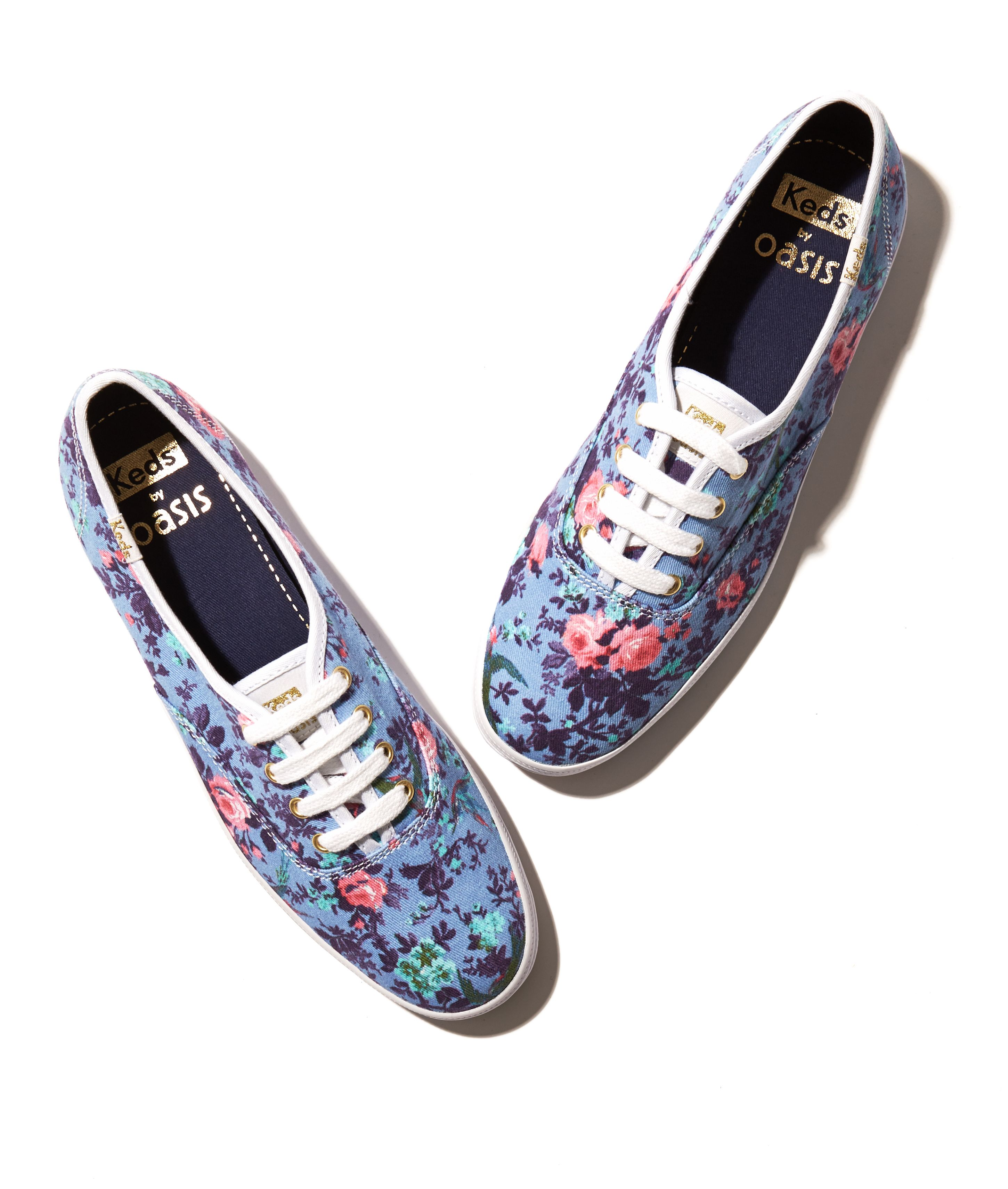 The English Rose #PerfectlyPaired Shop now at: http://www.oasis-stores.com/keds-floral-lace-up/shoes/oasis/fcp-product/6700014200