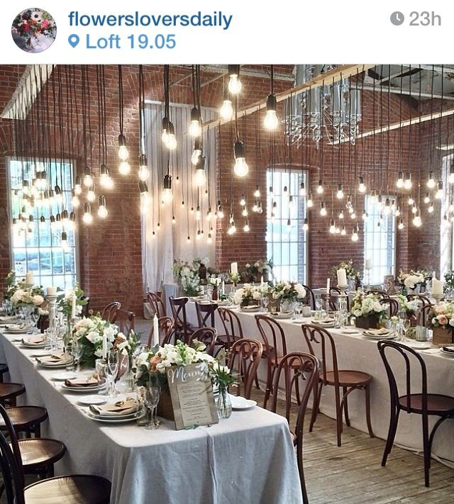 Love the lightbulb idea! Do beautiful! Found on flowerloversdaily Instagram