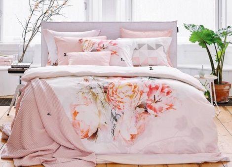 Vandyck dekbedovertrek pastel flowers katoensatijn pioenroos rose