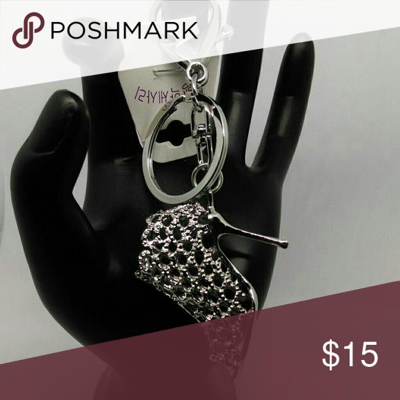 9758c35aeb8b NWT SILVER HIGH HEEL KEYCHAIN PURSE JEWELRY New in package silver high heel  Keychain purse jewelry. Super cute