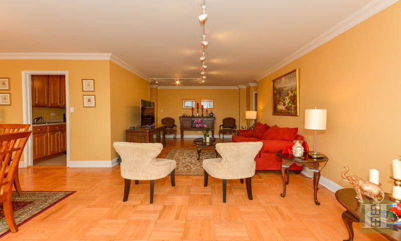 4525 Henry Hudson Parkway 605 Co Op Apartment Sale At Briar Oaks In Riverdale Bronx Streeteasy New York City Apartment Apartments For Rent Henry Hudson