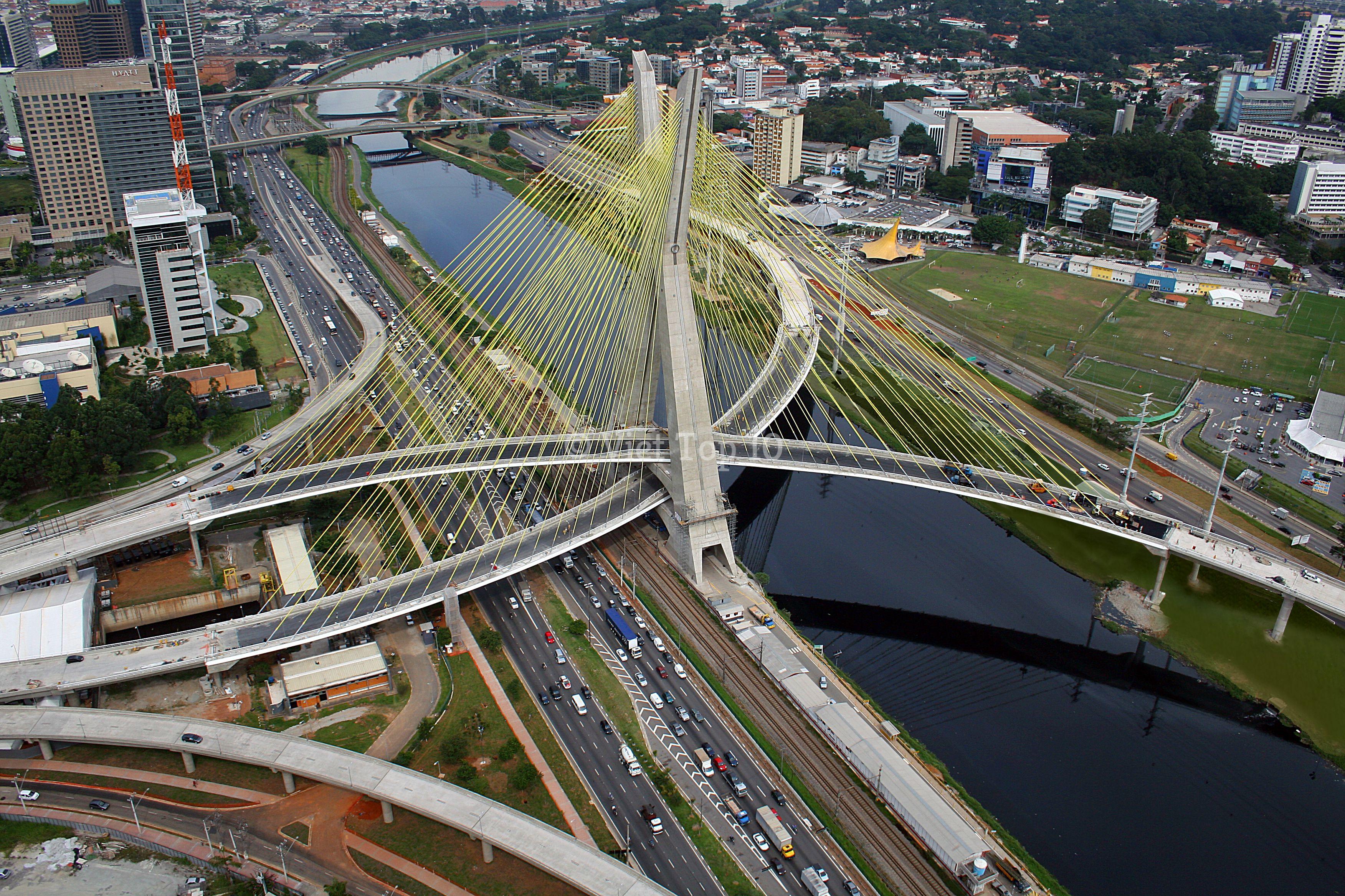 những cây cầu có thiết kế quái dị nhất trên thế giới - việt top 10 - việt top 10 net - viettop10