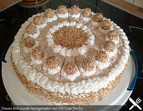 Photo of Sahnige Giotto Torte von Elke70 | Chefkoch