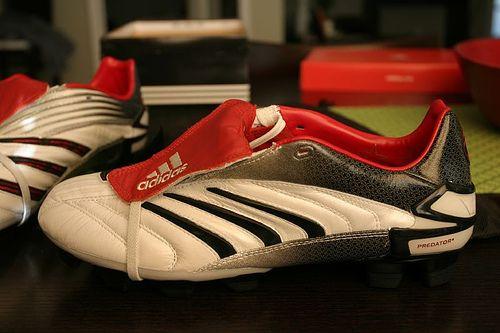 Lijadoras Asser Riego  Adidas Predator Absolute CL ~ | Football boots, Soccer shoes, Predator boots