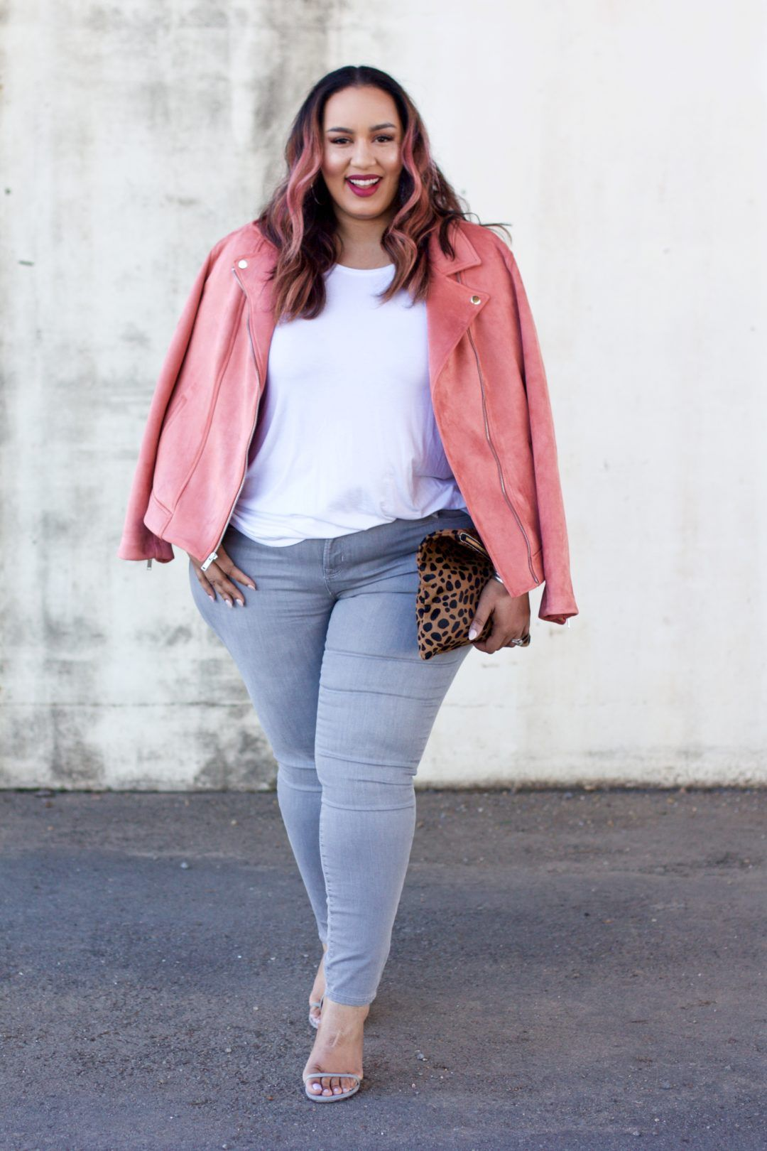 25 Perfect Winter-to-Spring Outfit Ideas for CurvyWomen