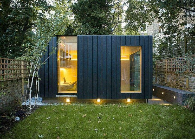 bureau de jardin moderne avec fenêtres panoramiques, bardage bois ...