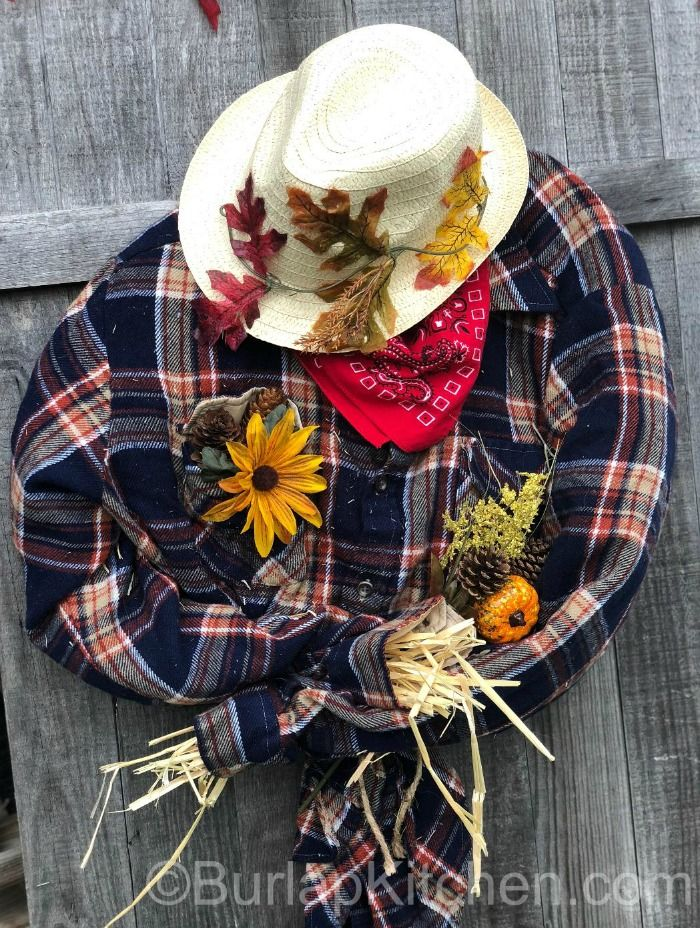 DIY Crafts Archives - Page 2 of 7 - Burlap Kitchen #scarecrowwreath