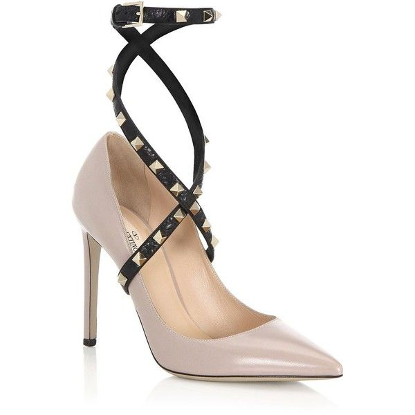 Valentino Studwrap Leather Ankle-Strap Pumps (260.400 HUF) ❤ liked on Polyvore featuring shoes, pumps, ankle tie pumps, pointy toe ankle strap pumps, studded pointy toe pumps, strap pumps and ankle strap pumps