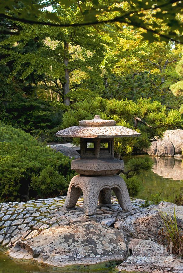 Japanese Garden Lantern, tr wikipedia in japan a tr or light basket light tower ...,  #basket... #smalljapanesegarden