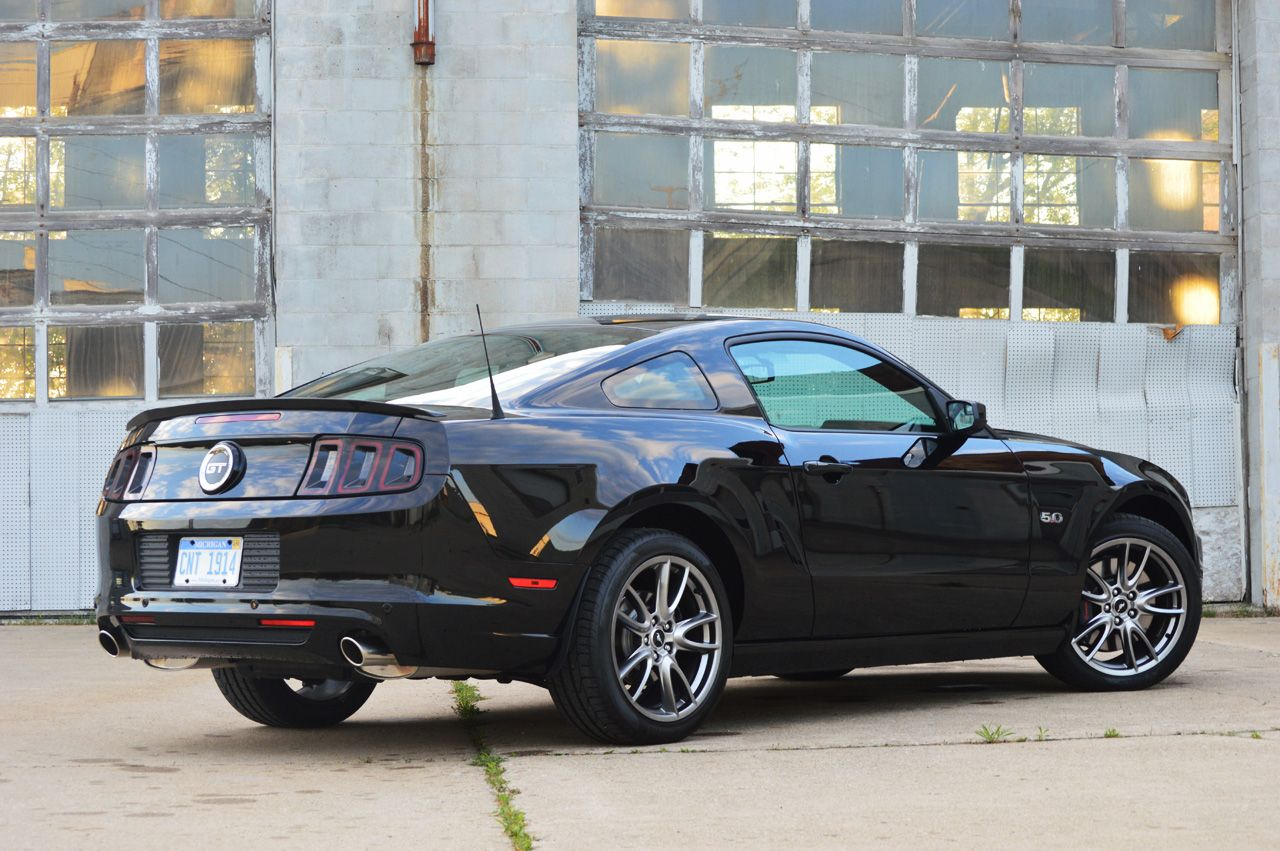 2014 5 0 mustang 2014 ford mustang gt 2014 15 mustang gt premiums race cars pinterest. Black Bedroom Furniture Sets. Home Design Ideas
