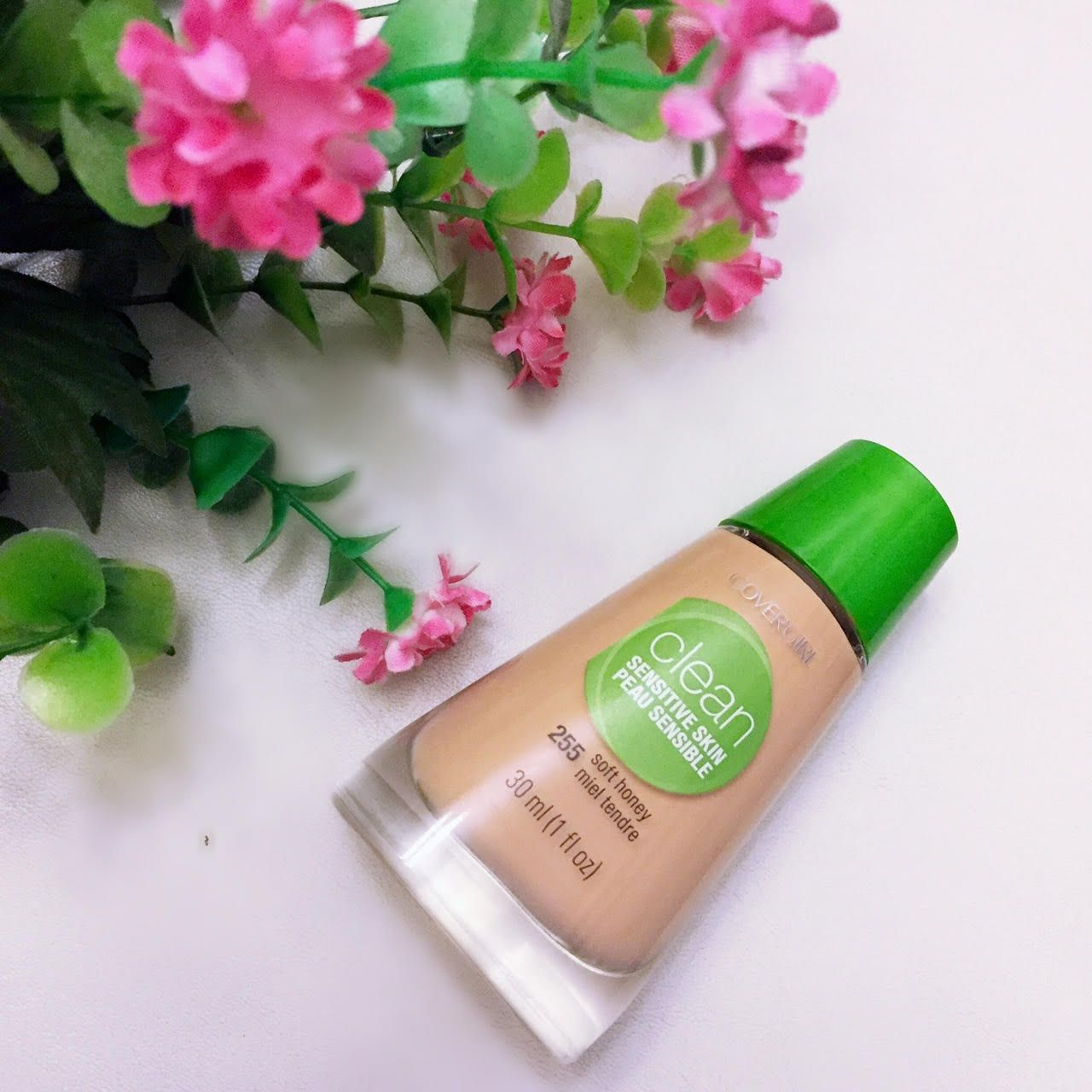 How 'clean' was this Covergirl Clean foundation? Find out