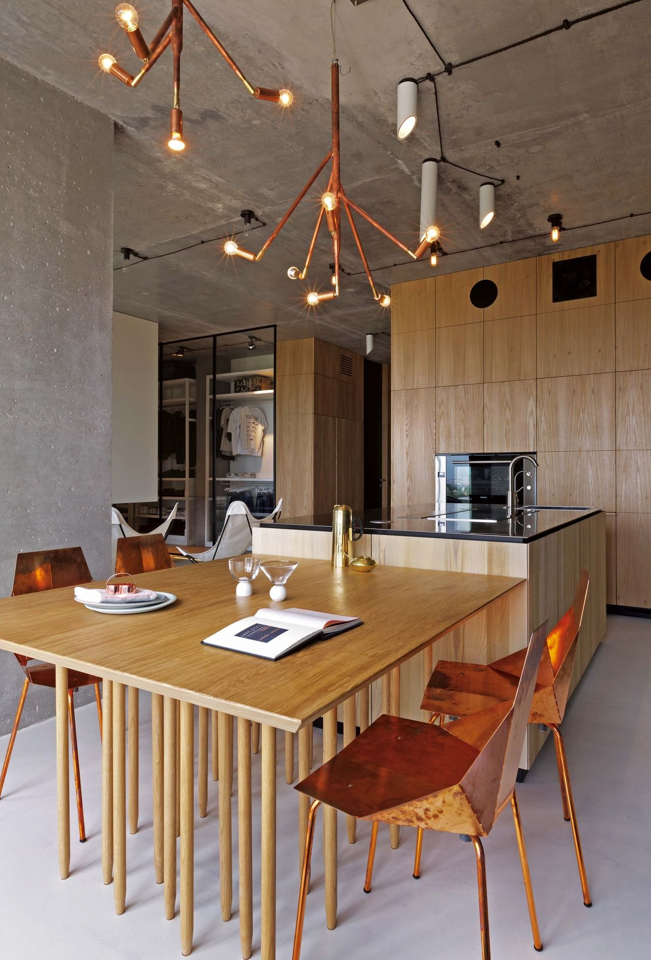 Una cocina que se fusiona con el entorno | Color cobre, Punteado y ...