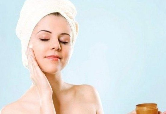 Summer Skin Care For Oily Skin Care Tips At Home In 2020 Summer Skin Summer Skincare Oily Skin Care