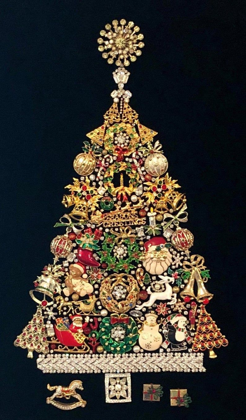 Framed Christmas Tree With Vintage Costume Jewelry Handmade Etsy Jeweled Christmas Trees Jeweled Christmas Christmas Costumes