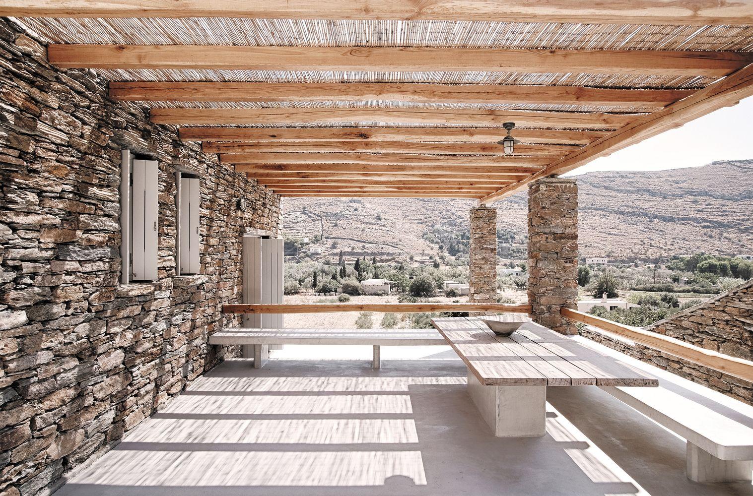 Gallery of Rocksplit House / Cometa Architects - 7
