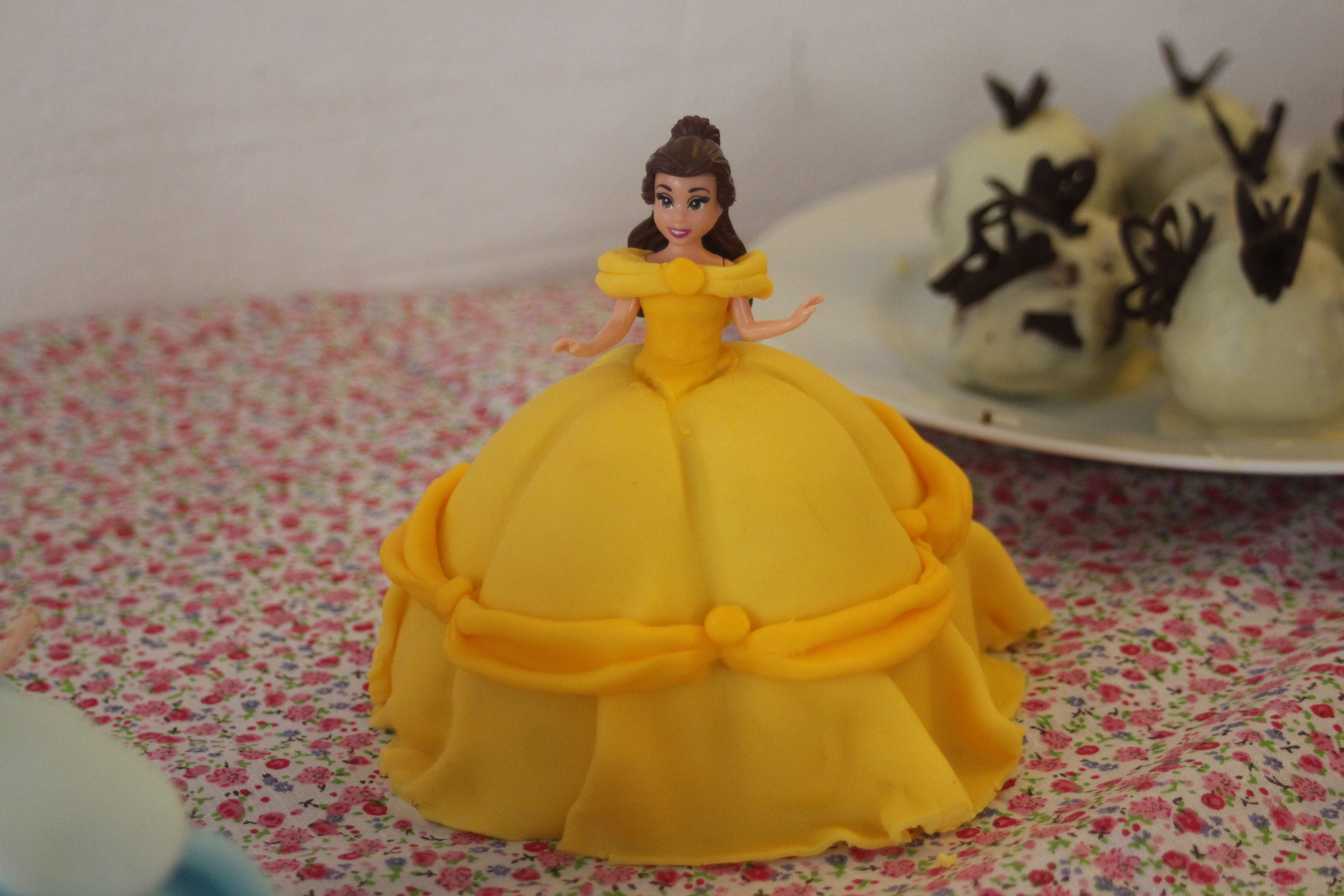 Belle princess doll cake from the disney movie beauty and the beast gateaux princesse belle du - La belle princesse ...