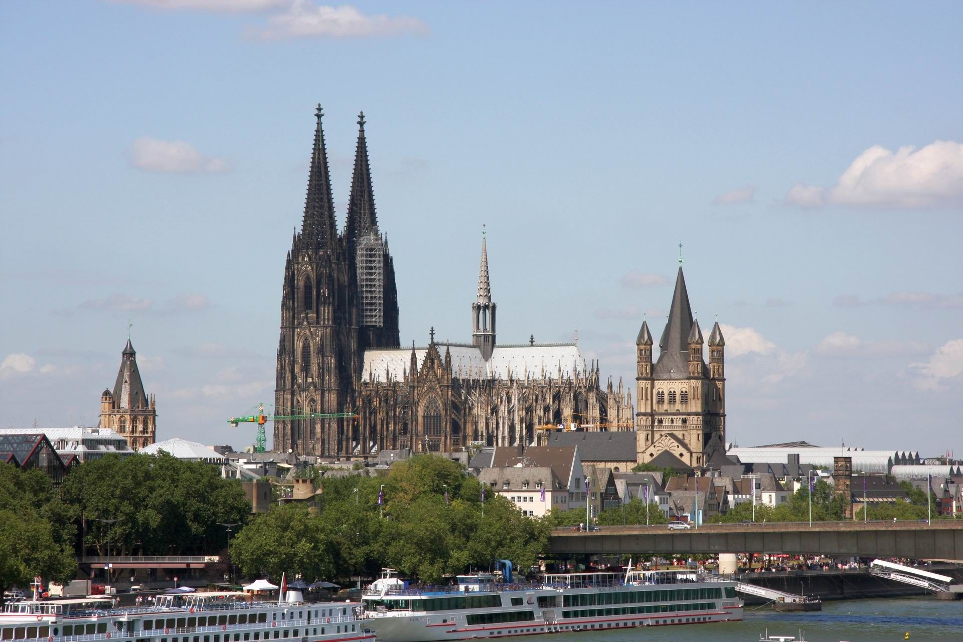 The Cologne Cathedral Koln Germany A Magnificent Structure Cool Places To Visit Cathedral Cologne Cathedral