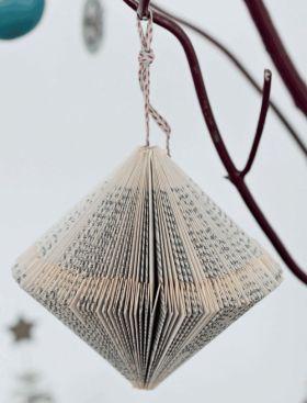 Lav unik julepynt af gamle bøger | Femina #julideer