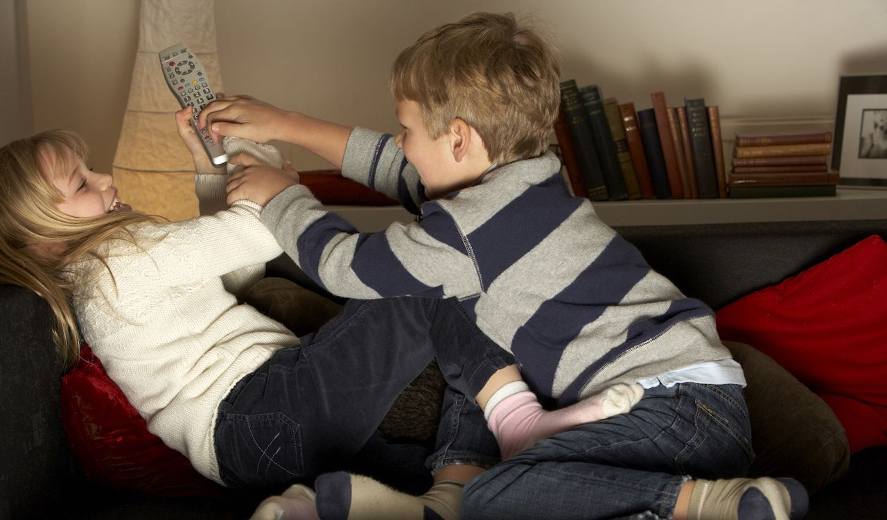 How to Reduce Sibling Conflict Kids fighting, Sibling