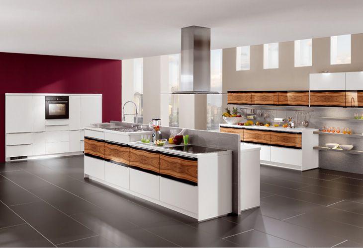 Küche in hellem Holz #Holzküche #Kücheninsel wwwdyk360-kuechende - arbeitsplatte küche nussbaum