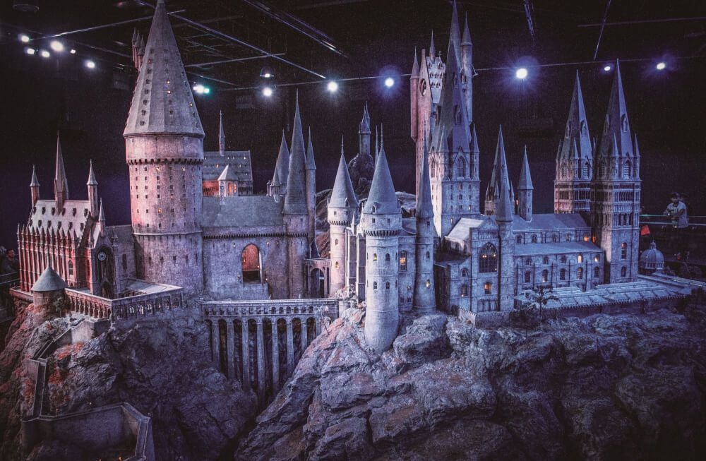 60 Harry Potter Filming Locations You Can Visit The Ultimate List Harry Potter Filming Locations Where Is Hogwarts Harry Potter Studio Tour