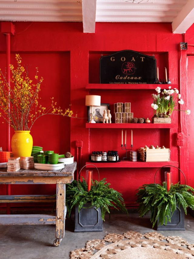 Gorgeous Red With The Yellow Vase And Flower With Huge Black Radio