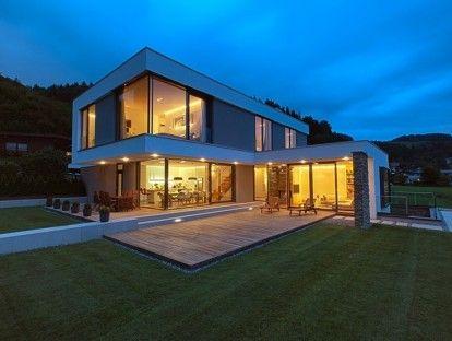 Auskragung Hausideen Pinterest Moderne häuser, Flachdach und - geometrische formen farben modernes haus