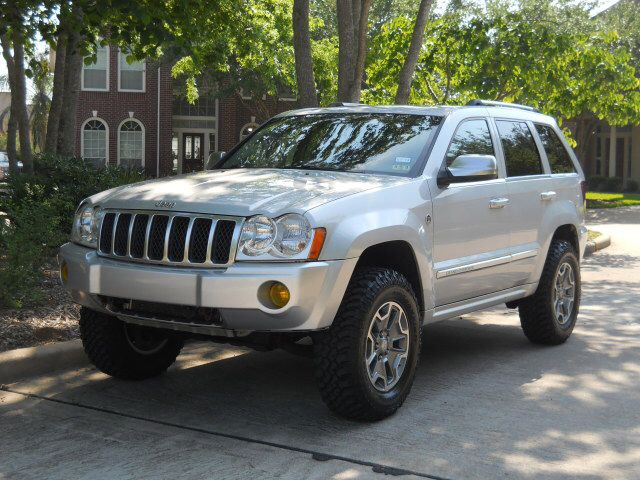 Lifted Wk With New Rubicon Wheels Jeep Wk 2006 Jeep Grand Cherokee Lifted Jeep
