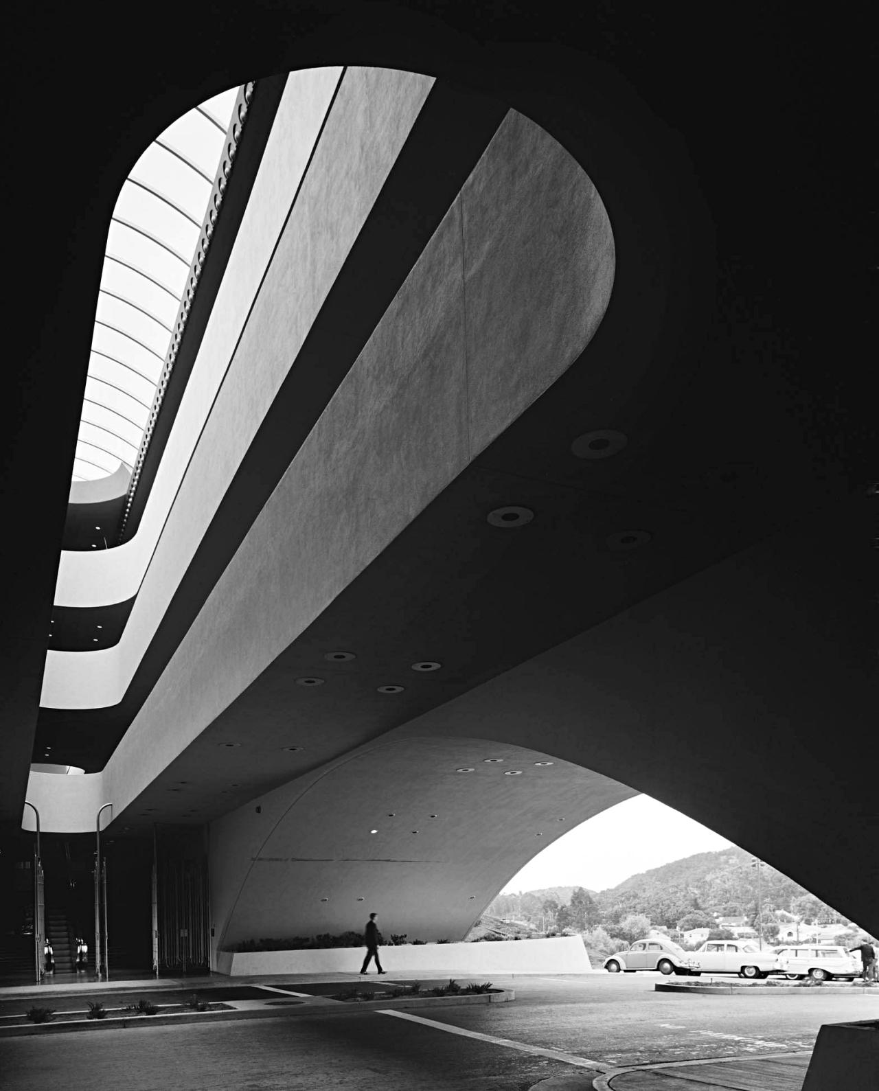 Ezra Stoller: The Marin County Civic Center in San Rafael, California. Designed by Frank Lloyd Wright. 1960