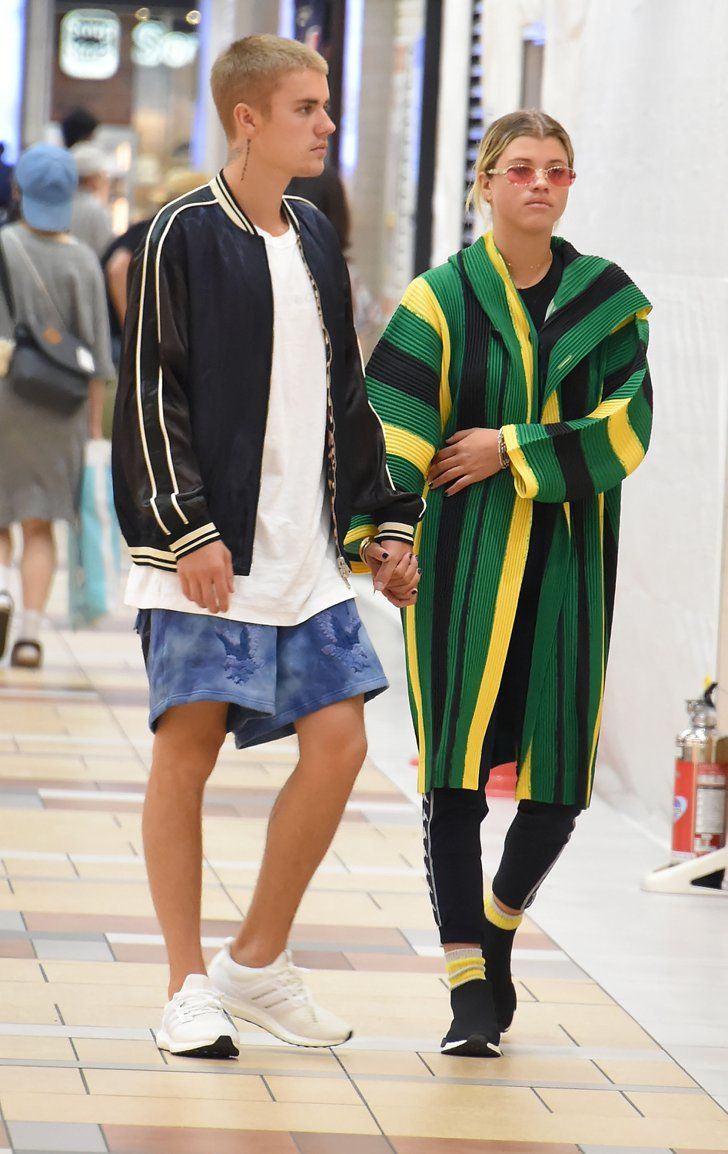 It Was Stripes And Trainer Sneakers For Sofia And Justin At The