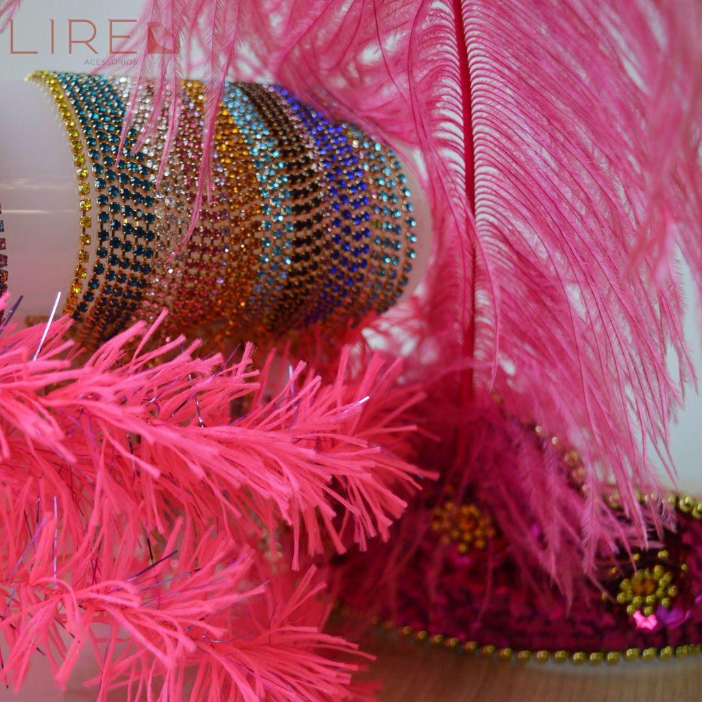 Pulseiras para colorir sua folia. Seja você também um Revendedor Lire Acessórios! Solicite através de nossos revendedores, Showroom ou através do Whatsapp. www.lireacessorios.com.br Whatsapp 11 95249-6050 #lireacessorios #amolire #semijoias #pulseirismo #carnaval #acessorios #usolireacessorios #estilo #tendências #pulseiras