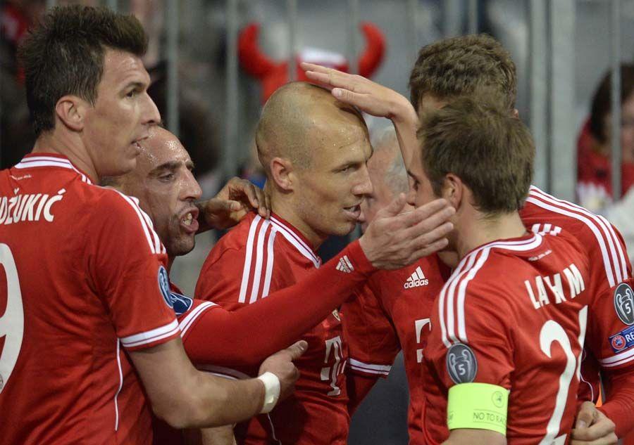 Dvoboj Bayerna I Manchester Uniteda U Ligi Prvaka Sportske Novosti Mario Mandzukic Manchester Sports Jersey