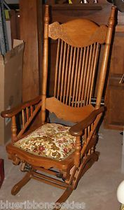 Elegant Antique Wisconsin Chair Company Glider Rocker Rocking Chair