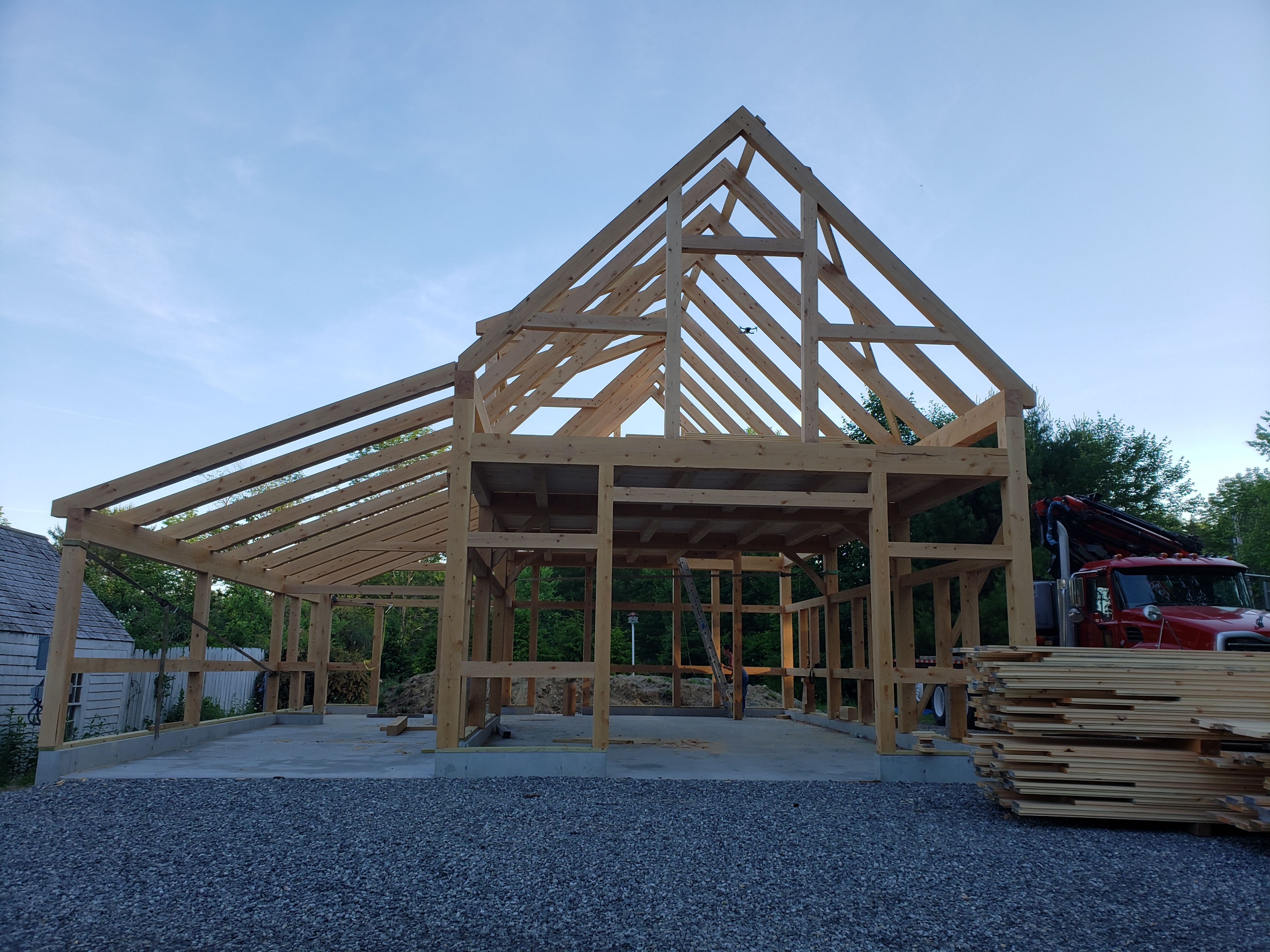 32 X 36 Timber Frame Barn In 2020 Timber Frame Barn Timber Framing Timber