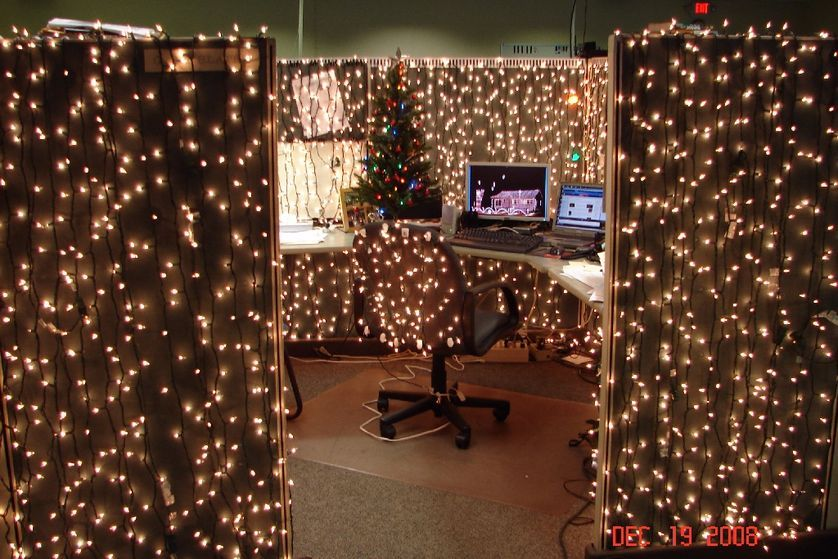 Christmas Cubicle Decorations Lights Diy Christmas Light Decorations Decorating With Christmas Lights Cubicle Decor Office