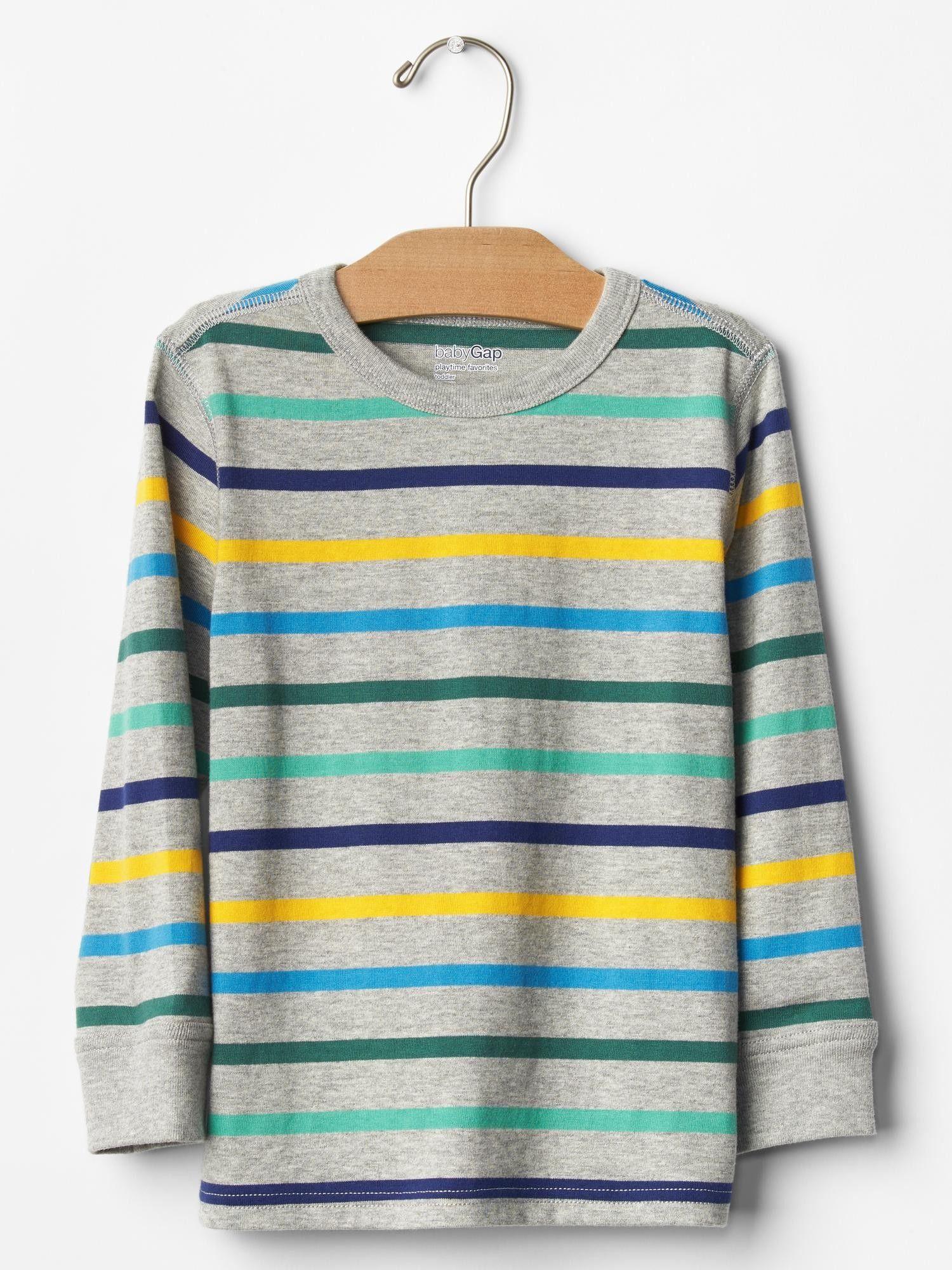 Çizgili t-shirt #stripped #çizgilitişört #bebektişört #bebekhediyesi #bebeğehediye #erkekbebek #gap