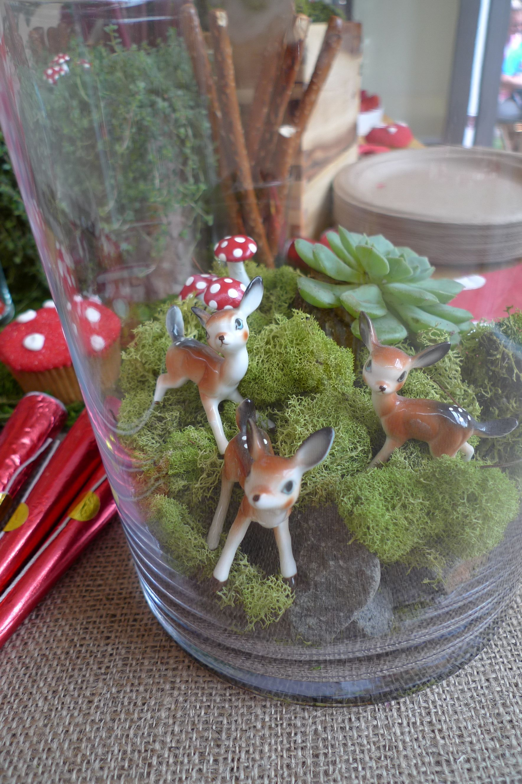 A woodland themed first birthday party woodland animals for Animal party decoration