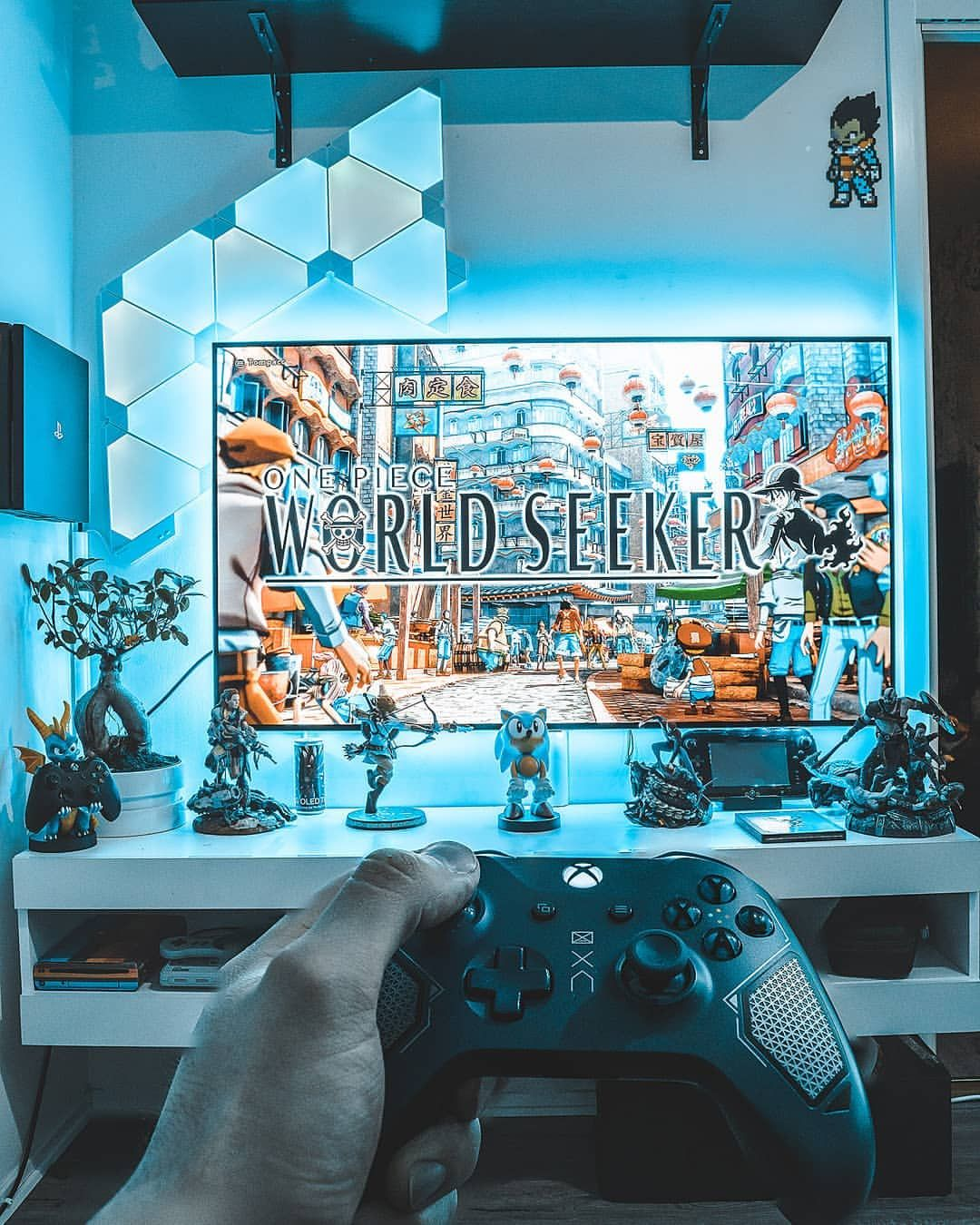 Pin By Brothertedd On Video Games Gamer Room Small Game Rooms