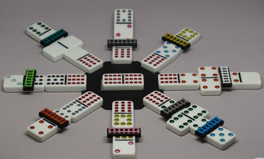 Mexican Train Track 10 Pieces Domino Game Public Markers Assorted